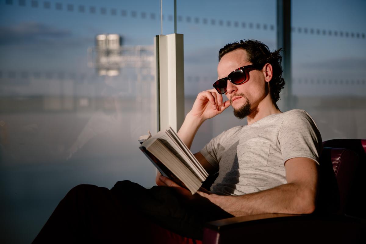 portrait homme aeroport Paris
