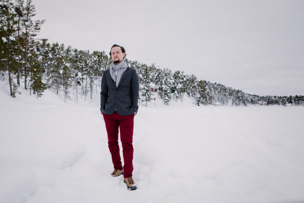 wedding photography portrait man lapland snow