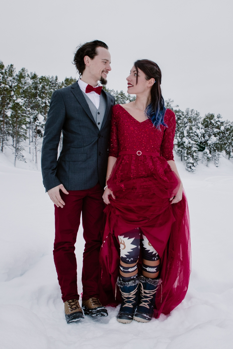 wedding photographer lapland sweden couple