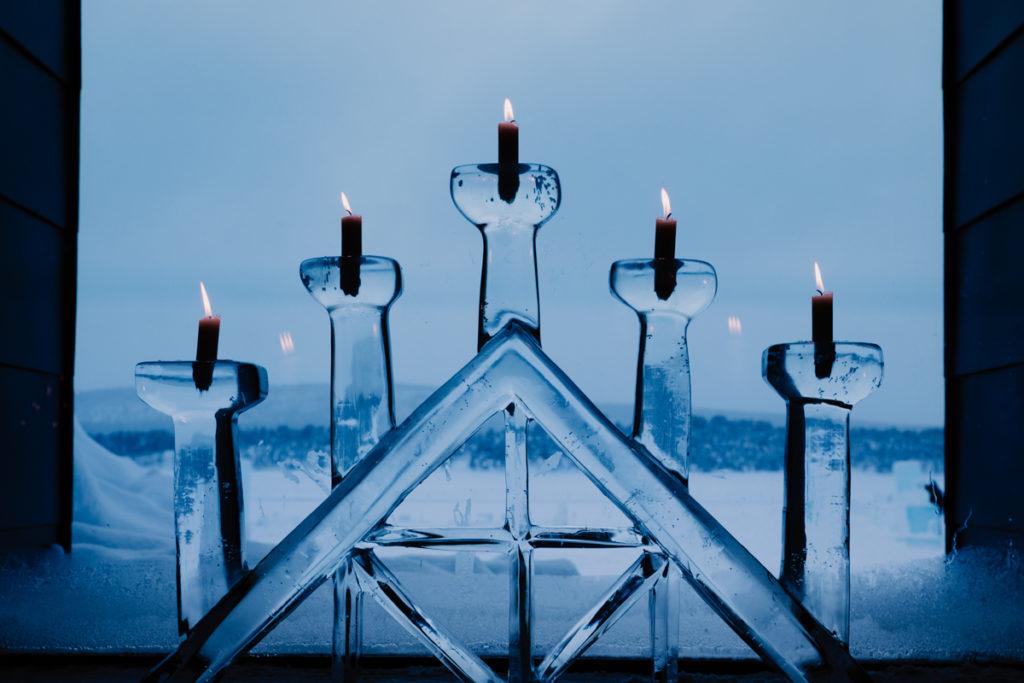 Jukkasjärvi icehotel sweeden candle
