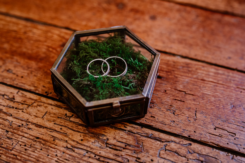 photos des préparatifs alliances mariage